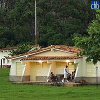 Campismo Dos Hermanas Cabana, Vinales