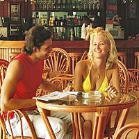 Hotel Acuazul Lobby Bar