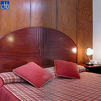 Cama Kingsize do quarto de hotel Ambos Mundos