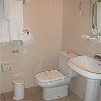 Kupatilo Standardne Sobe hotela Ambos Mundos