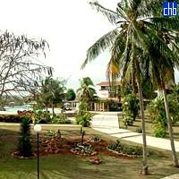 Сад в готелі Канімао