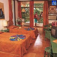Carisol Los Corales Hotel Room