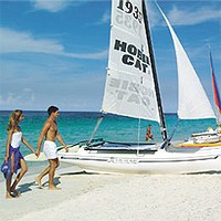 Водний спорт на пляжі Кайо Коко