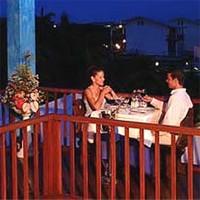 Романтичний обід для пар