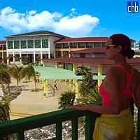 Hotel Playa Blanca Building