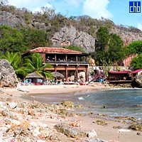 Club Bucanero Hotel Beach