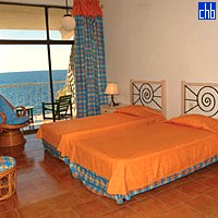 Cubanacan Club Bucanero Twin Room