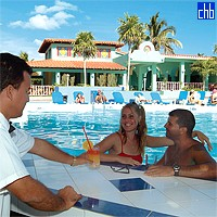 Pool Bar At The Gran Caribe Club Cayo Largo