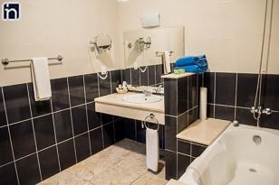 Badezimmer des Standardzimmers, Hotel Encanto Don Florencio, Sancti Spiritus, Kuba