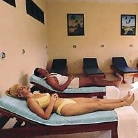 Hotel Elguea Massage Therapy