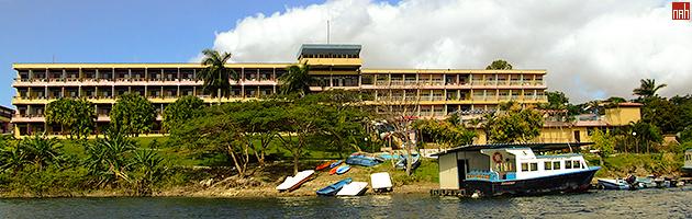 Vista para o Hotel do lago