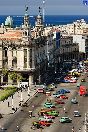 Paseo Martí, Teatro de la Habana y Hotel Inglaterra