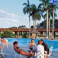Отель Оризонтес Ла Эрмита бассейн