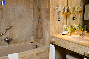 Mermerno kupatilo junior apartmana u hotelu Melia Las Americas