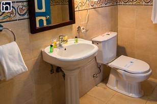 Badezimmer des Standardzimmers, Hotel Encanto Mascotte, Remedios, Villa Clara, Kuba
