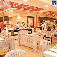 Restaurant At Sol Palmeras