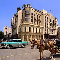 Hotel Parque Central, Automobile d'Epoca e Carrozza con Cavalli
