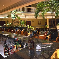 Bar der Lobby im Parque Central Hotel
