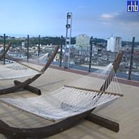 Tetto con piscina dell'Hotel Parque Central Torre, L'Avana Vecchia, Cuba