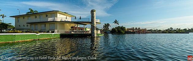 Hotel Encanto Perla del Mar i zaliv Bahia de Cienfuegos