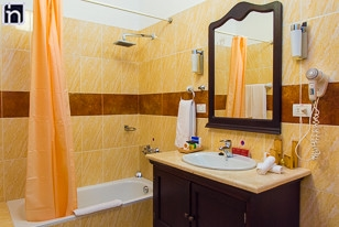 Standard Room Bathroom, Hotel Encanto Real, Remedios, Villa Clara, Cuba