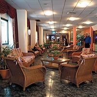Pogled iz predvorja hotela Saint John's