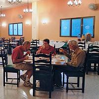 """Отель Сент Джонс ресторан со """"шведским столом"""""""