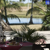 Restoran pored jezera, Yaguajay, Sancti Spiritus, Kuba