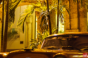 1955 Chevrolet infront of the Sevilla Hotel (in 2009)