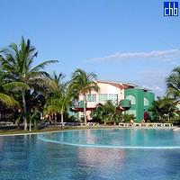 Солимар бассейн