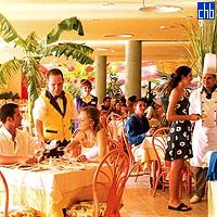 Ресторан в отеле Тайнос