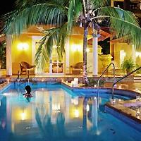 Piscina en el Hotel Paradisus Río de Oro