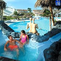 Cayo Largo Hotel Pool