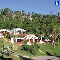 Cubanas Campismo Villa Guajimico Cabins