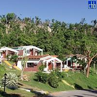 Cubanas Campismo Villa Guajimico Cabins