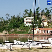 Campismo Villa Guajimico Catamaran Sailing