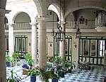 Zgodovinski Hoteli